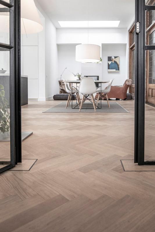 eikenhouten tapis visgraat vloer Tilburg
